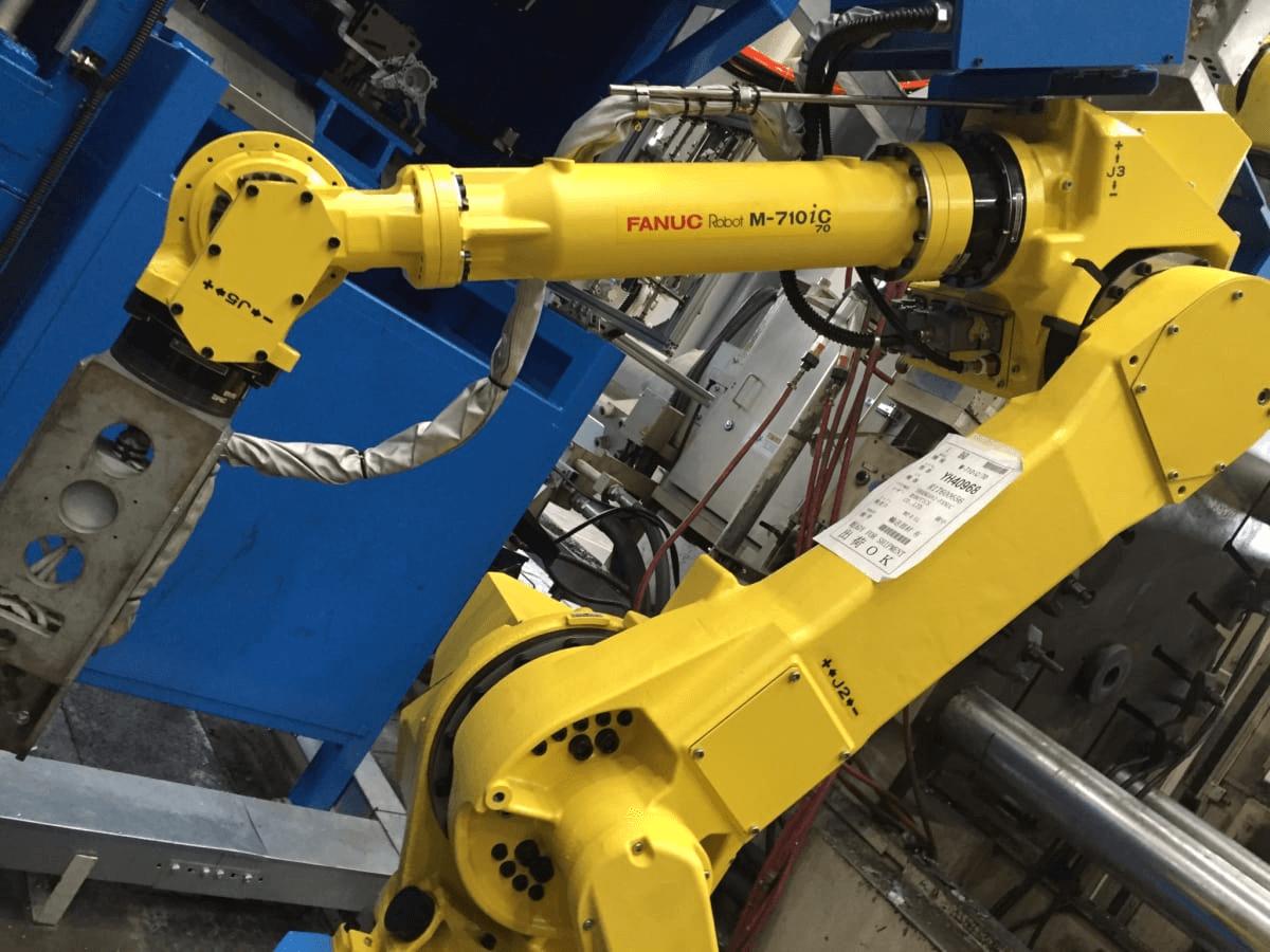 CNC Milling machine with robotics