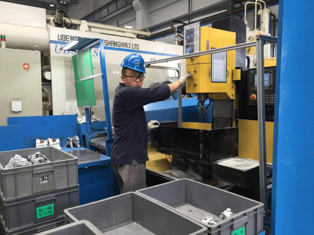 cnc-machining-autoparts (6)