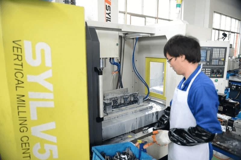 cnc-machining-autoparts (8)